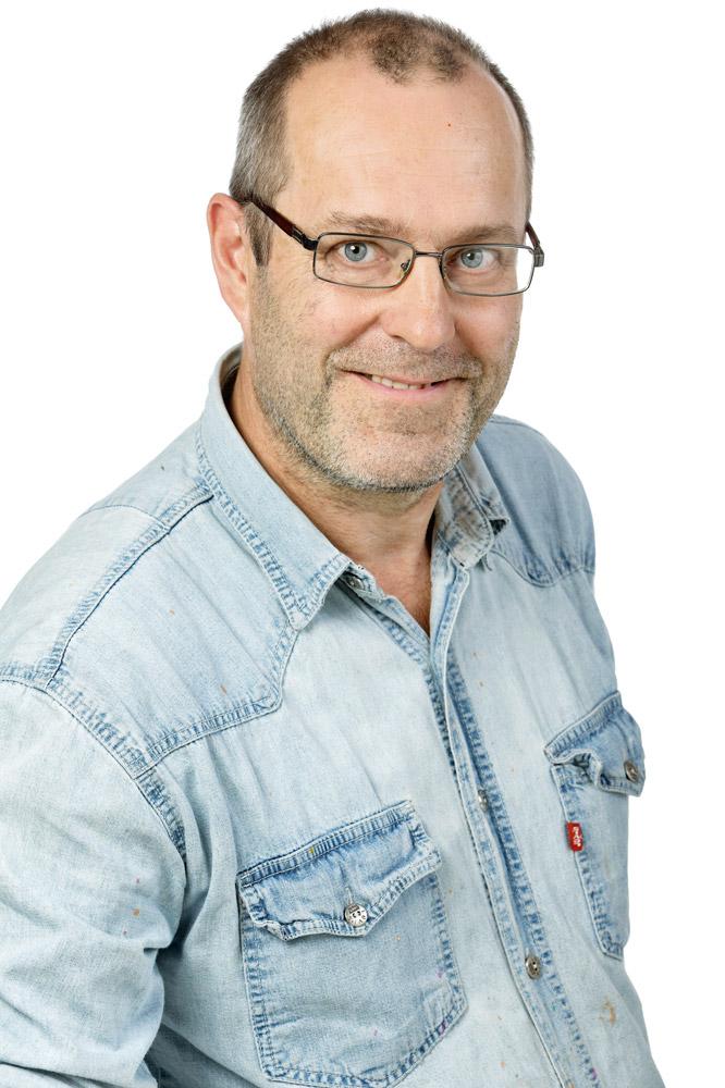 Fellman Olavi : Helinä Rautavaaran etnografisen museon säätiön hallituksen jäsen