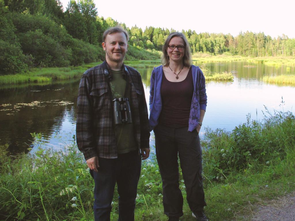Risto Nevanlinna ja Tiina Elo keskuspuistossa