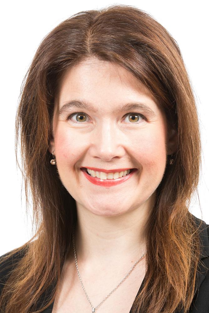 Karimäki Johanna : kansanedustaja, valtuutettu, maakuntahallituksen jäsen, innovatiivinen yrittäjyys -ohjelmaryhmän jäsen