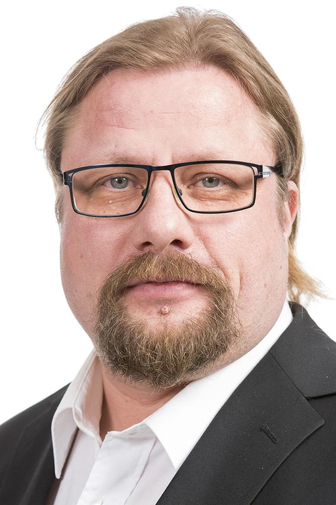 Runonen Kimmo : Keskusvaalilautakunnan varajäsen, L-U-pelastuslaitoksen johtokunnan varajäsen, lautamies