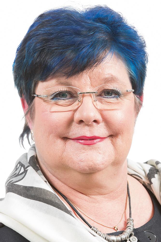 Matikka Marjo : Espoo Catering Oy:n hallituksen puheenjohtaja