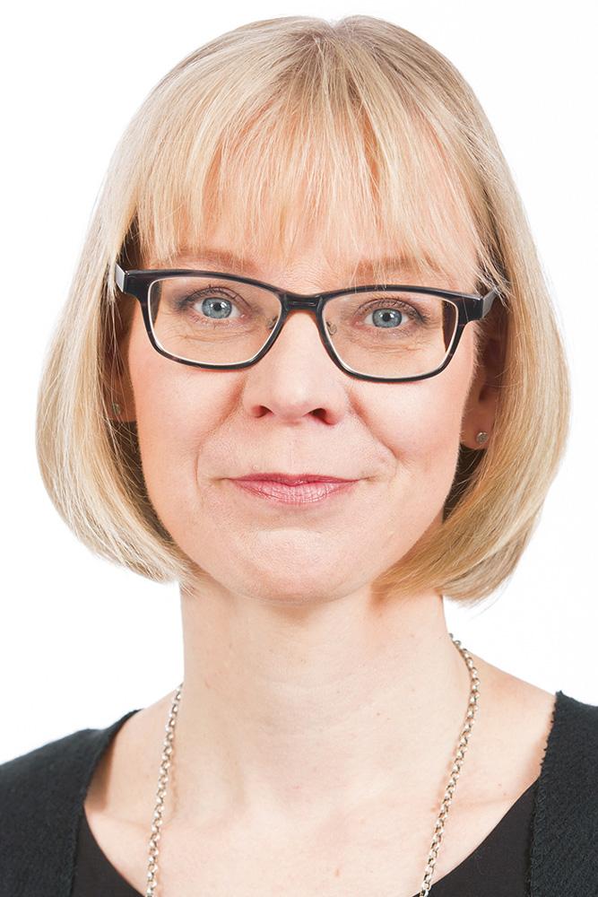 Salli Päivi : Valtuutettu, HUS:n valtuuston ja tarkastuslautakunnan jäsen, Espoo Catering oy:n hallituksen jäsen