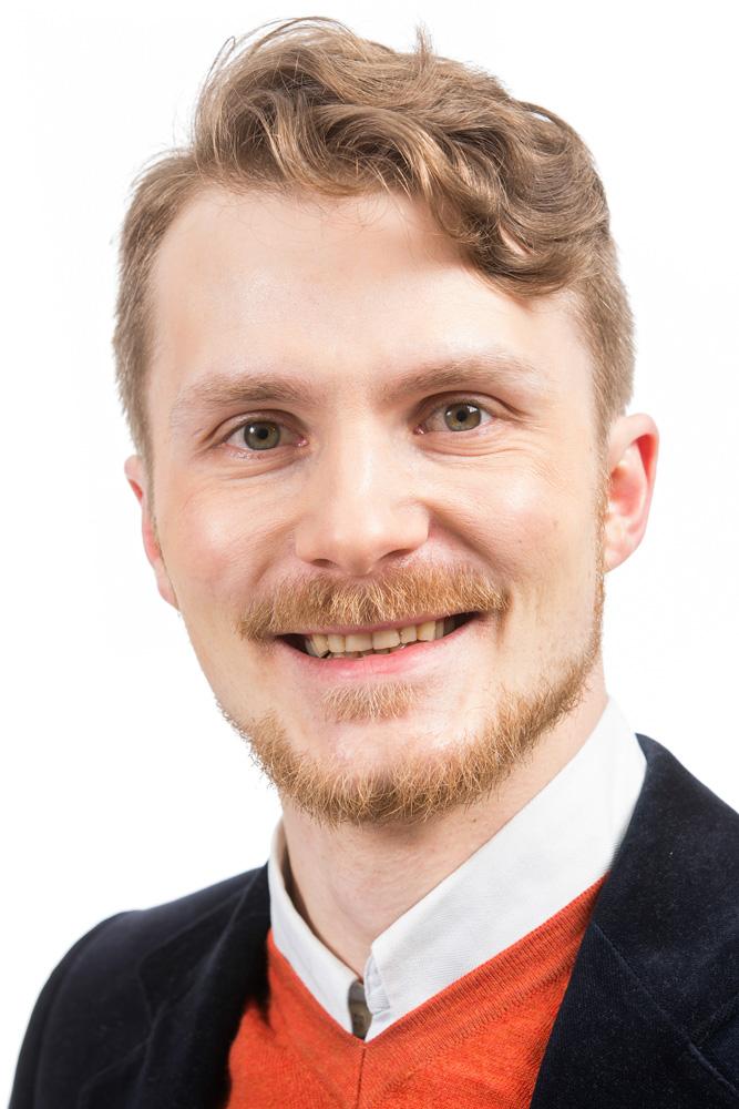 Jensen Patrick : kaupunkikuvatoimikunnan jäsen, kiinteistötoimitusten uskottu mies